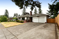7526 SE Ellis St., Portland, Or. 97206
